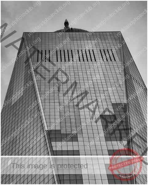 256 Jan Nazalewicz_Looking Up or Looking Down ADVANCED MONOCHROME_Freedom Tower_9 Award
