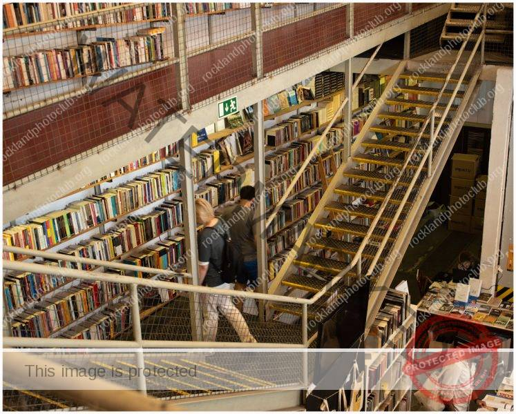 264 Ami Zohar_Looking Up or Looking Down ADVANCED COLOR_A books store_9 Award